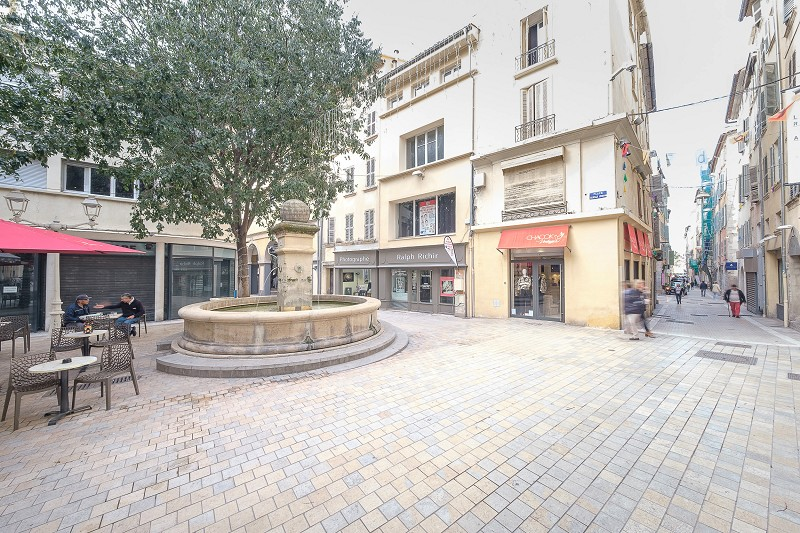 Vente commerce - Var (83) - 108.0 m²