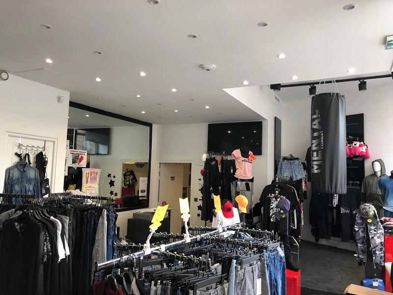 Vente commerce - Paris (75) - 54.0 m²