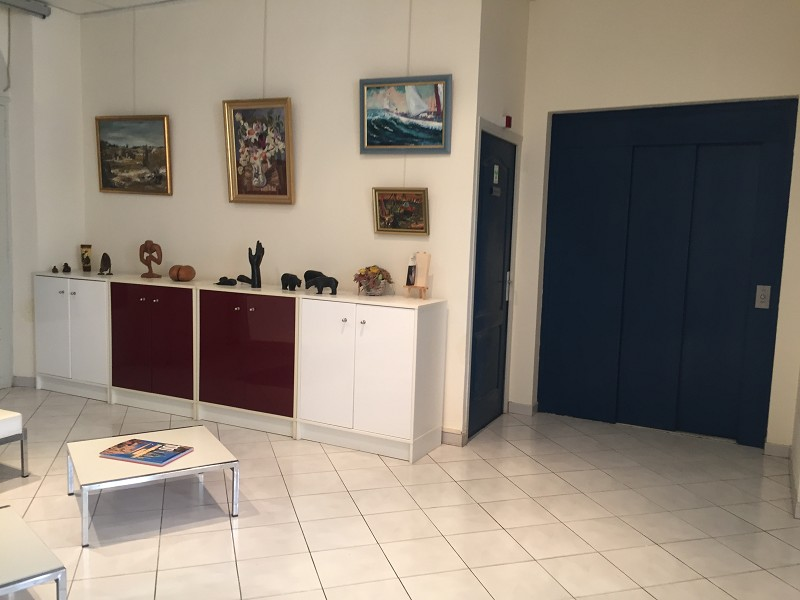 Vente commerce - Var (83) - 180.0 m²