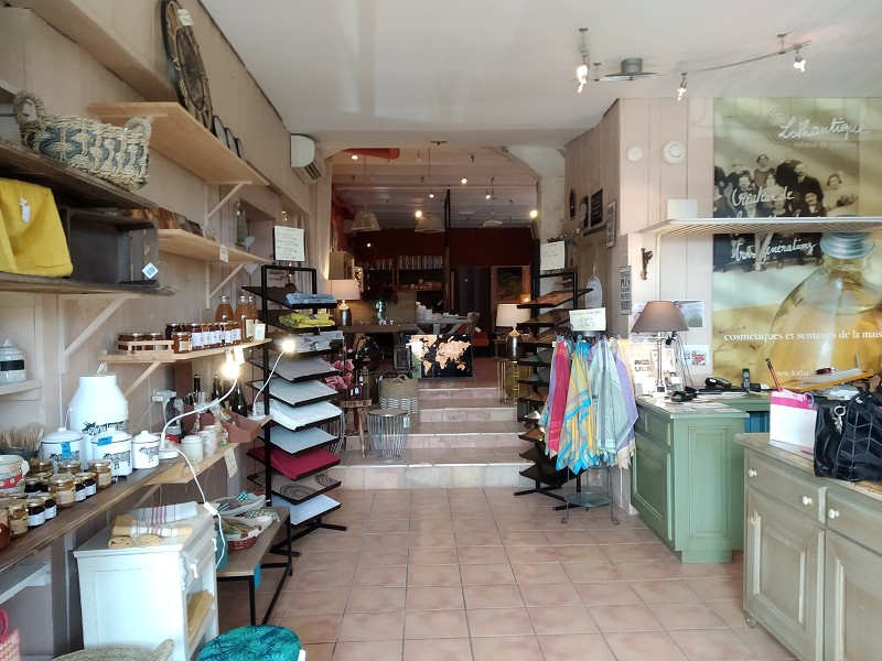 Vente commerce - Var (83) - 414.0 m²
